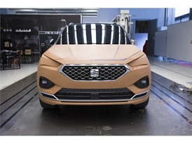 Four model makers worked together for two months and used 5,000 kg of clay to sculpt the SEAT Tarraco