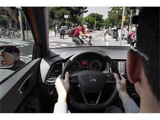 The Front Assist warns the driver of an imminent collision with the car or a pedestrian in front and can brake the car a