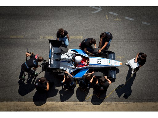 SEAT propels Formula 1 student competition 3