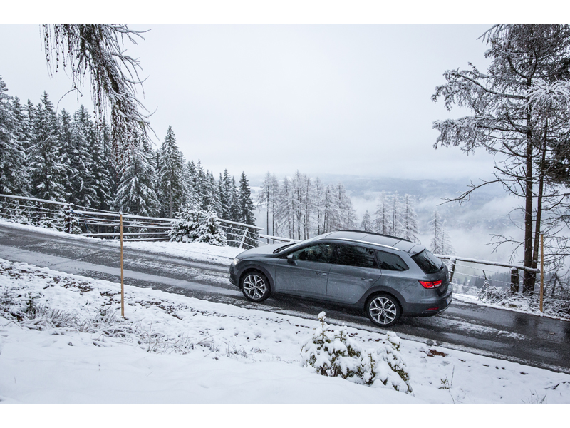 The SEAT Leon X-PERIENCE in snowy conditions