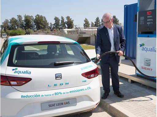 SEAT and Aqualia create an alternative fuel for cars for the first time from wastewater