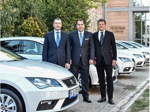 From left to right, Dogus Automotive Board Member & Chief Executive Officer Emir Ali Bilaloglu