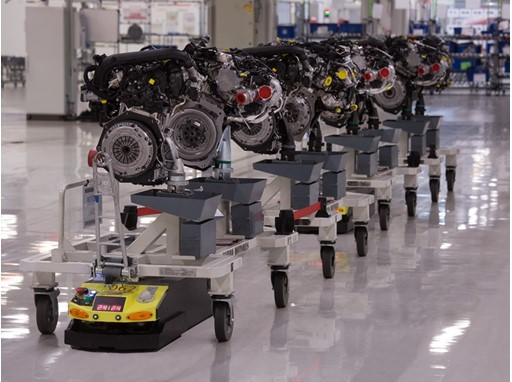 The work performed by AGVs in the SEAT factory reduces production time by 25%