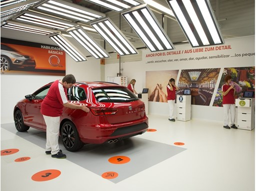 SEAT is implementing the Quality Training Centre to teach workers how to sharpen their sensory perception