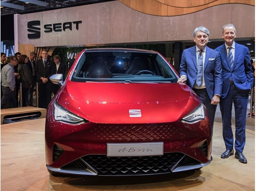 Volkswagen Group CEO, Dr Herbert Diess and SEAT CEO, Luca de Meo with el-Born concept car at the Geneva Motorshow