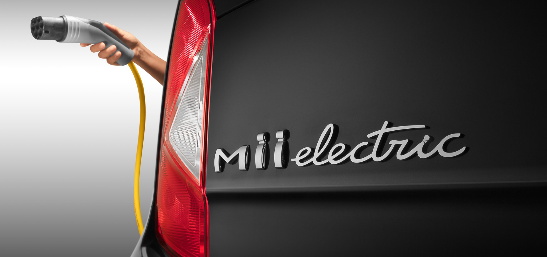 SEAT begins its electric offensive by introducing the Mii El