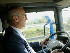 SEAT Vice-President for Production Dr. Tostmann, Honoured with the Eurostars Award