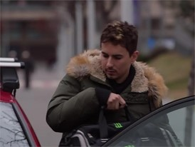ENG This is how Jorge Lorenzo prepares for the World Championship -HD