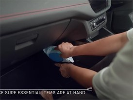 ENG - How to load the boot of your car for the holidays and keep your sanity - HD