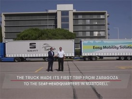 Original - SEAT and Grupo Sesé debut the duo trailer, the longest, most efficient truck driving on European roads