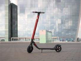 SEAT takes its first step towards its micromobility strategy with the new eXS KickScooter - Original