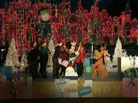 Disneyland Holiday Event 2014: The Gift of Family