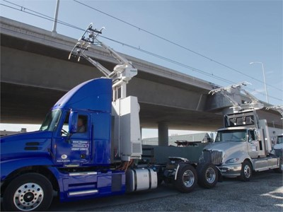 Siemens eHighway demonstration, the first U.S. electric highway, now running in California