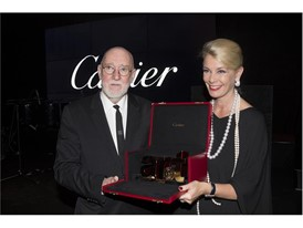 Albert Watson and Kathy Dobers (Cartier) with the St.MoritzArtMasters Lifetime Achievement By Cartier Credits Foto Flury
