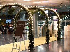 SWISS puts its passengers in a festive mood