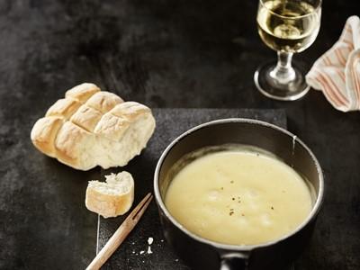 SWISS offers cheese fondue on board its flights from Geneva