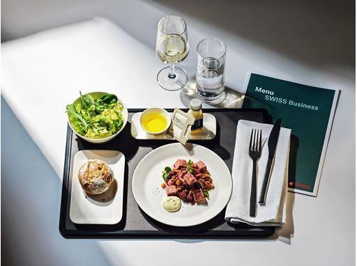SWISS et le Romantik Hotel L'Étoile présentent de succulentes créations culinaires du canton de Fribourg