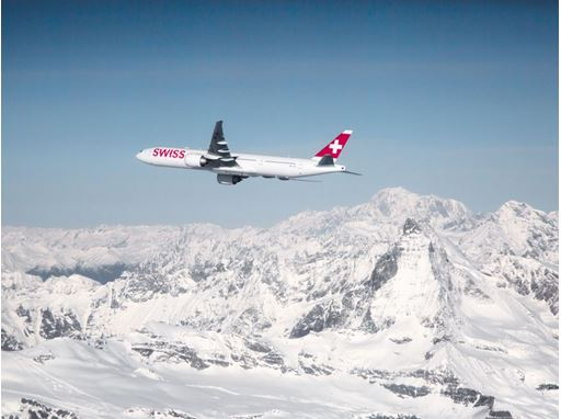 SWISS introduces mandatory COVID-19 vaccination for crews