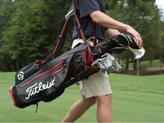 Titleist Introduces New 4UP StaDry Stand Bag