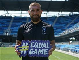 Guram Kashia wore a rainbow captain's armband in support of the LGBT communities for a Dutch awareness campaign