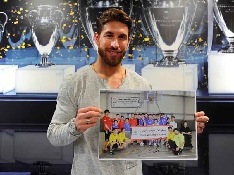 UEFA Newsroom : UEFA makes new donation of €100,000 to ...