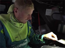 IV EN AZN Sehested 21 Dec on repairs to be done in Melbourne