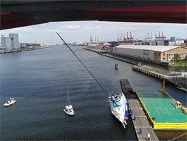 !! Boats pulled under Bolte Bridge on their side !!
