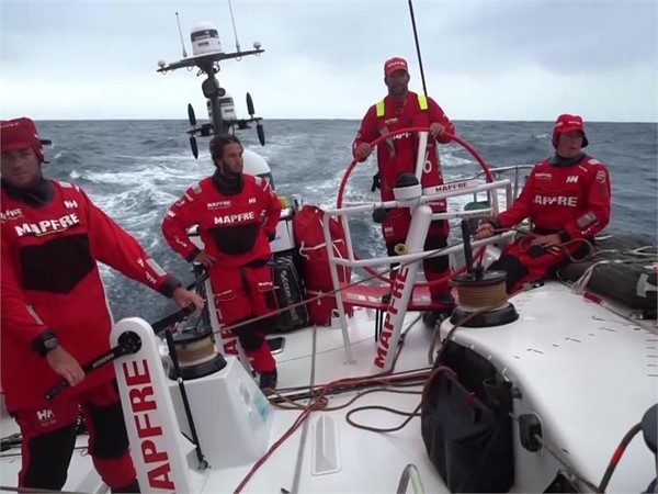 VNR: Breeze coming on for leaders with Cape Town finish on the horizon