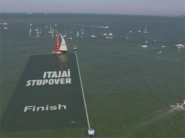 VNR: MAPFRE wins in Itajaí to extend In-Port Series lead