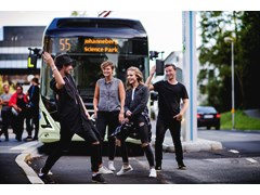 Famous Swedish artists perform surprise gig to promote new electric bus route – All content