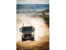 New Volvo FMX: Equipped with Volvo Dynamic Steering