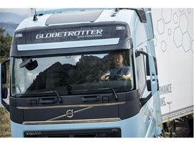 The gas-powered Volvo FH LNG and Volvo FM LNG offer a driving experience that matches that of diesel-powered trucks