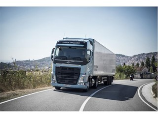 World premiere – Volvo Trucks is introducing heavy duty Euro 6 trucks running on liquefied natural gas or biogas