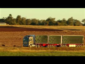 Running footage: New Volvo FH16 in Australia