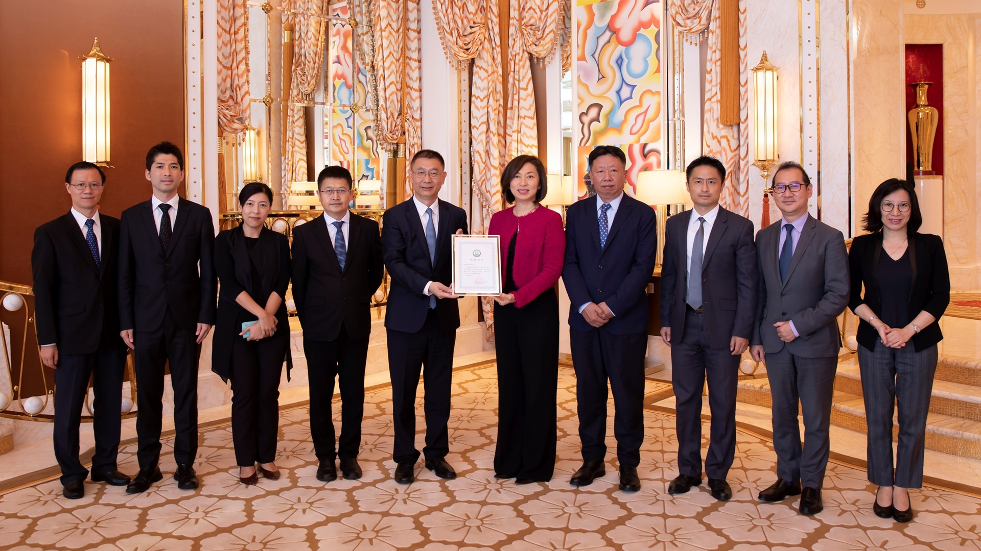Liaison Office recognizes Wynn for its contributions during pandemic