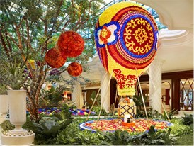 Floral Hot Air Balloon by Preston Bailey at Wynn Las Vegas