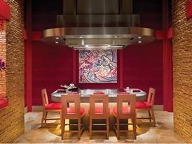 「泓」日本料理 - 天妇罗吧台 by Barbara Kraft