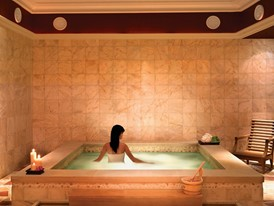 The Spa at Wynn - Jacuzzi by Barbara Kraft