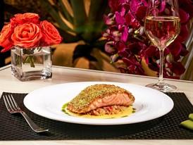 Jardin - Crusted Salmon