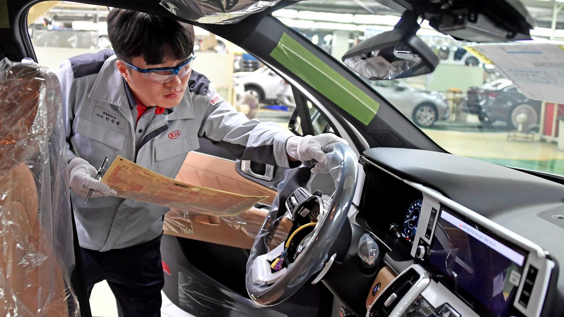 Start of production for new Kia Sorento Hybrid - Image 1
