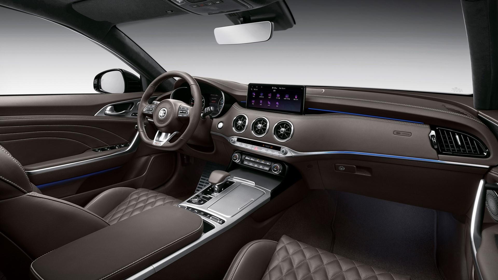Kia reveals new design for fastback Stinger - Image 1