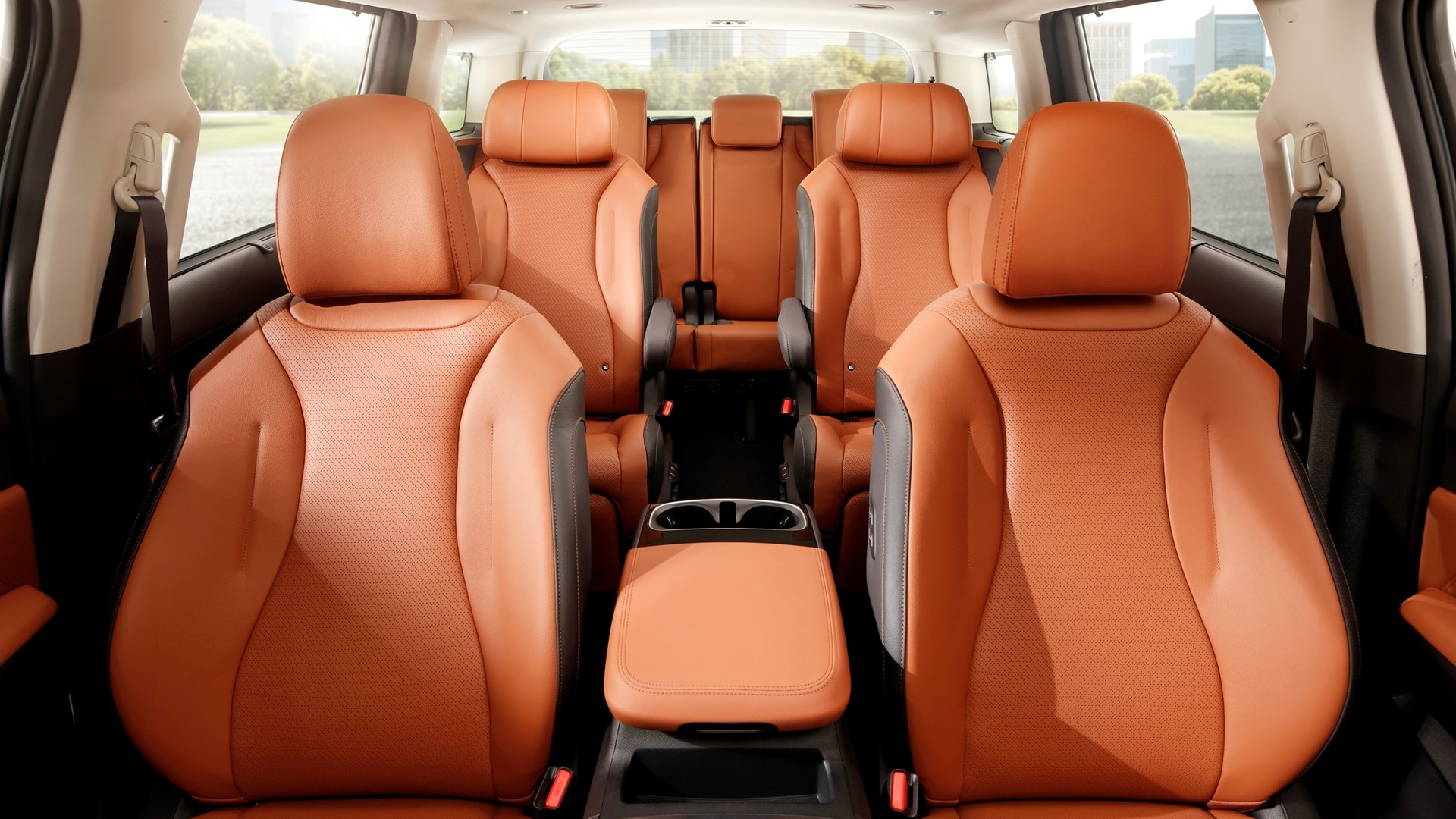 Kia introduces all-new Carnival, offering unrivalled style, space and comfort - Image 2