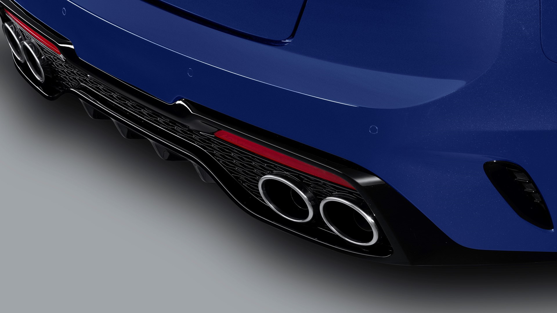 More tech, power and safety for upgraded Kia Stinger - Image 2