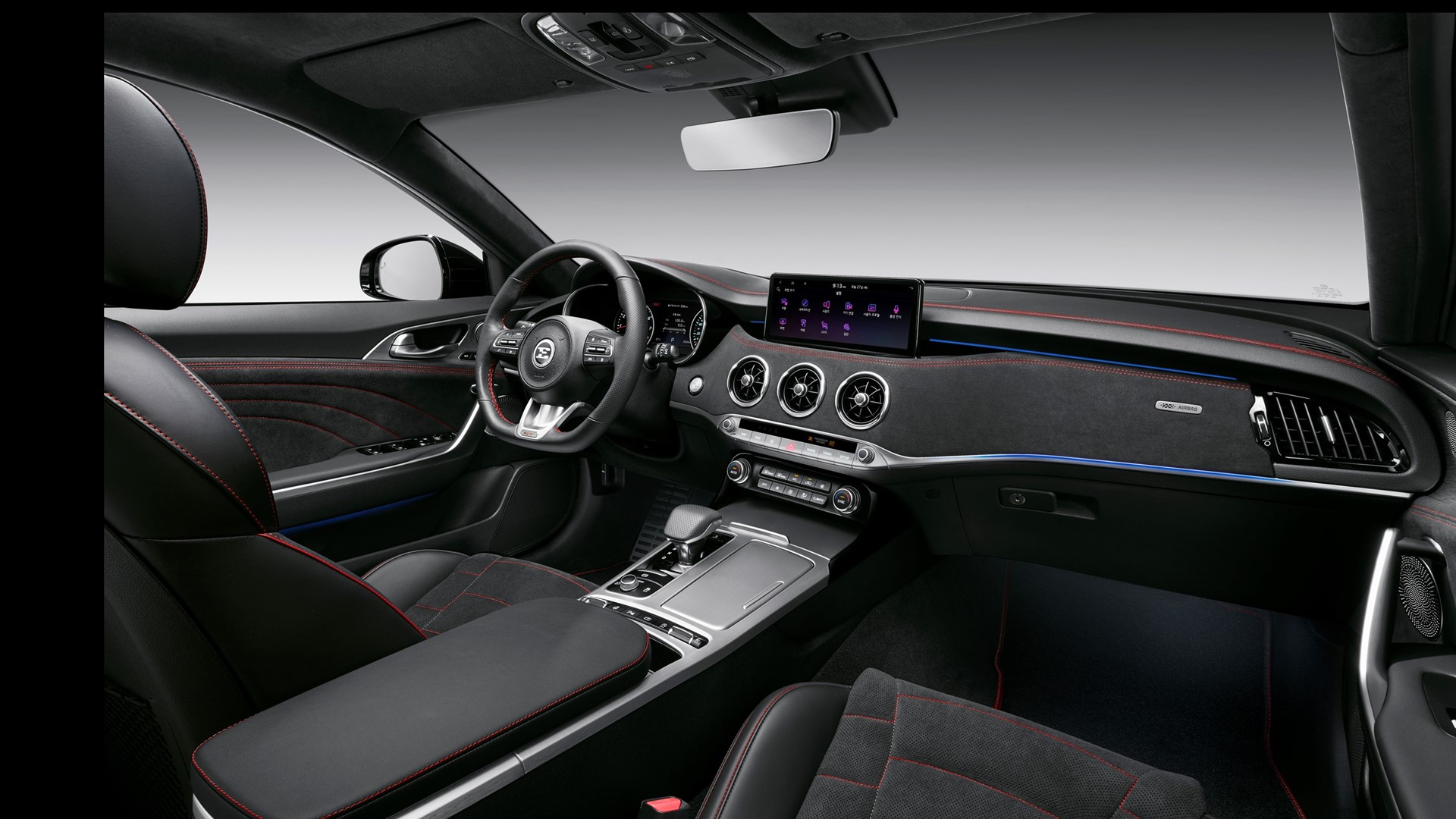 More tech, power and safety for upgraded Kia Stinger - Image 1