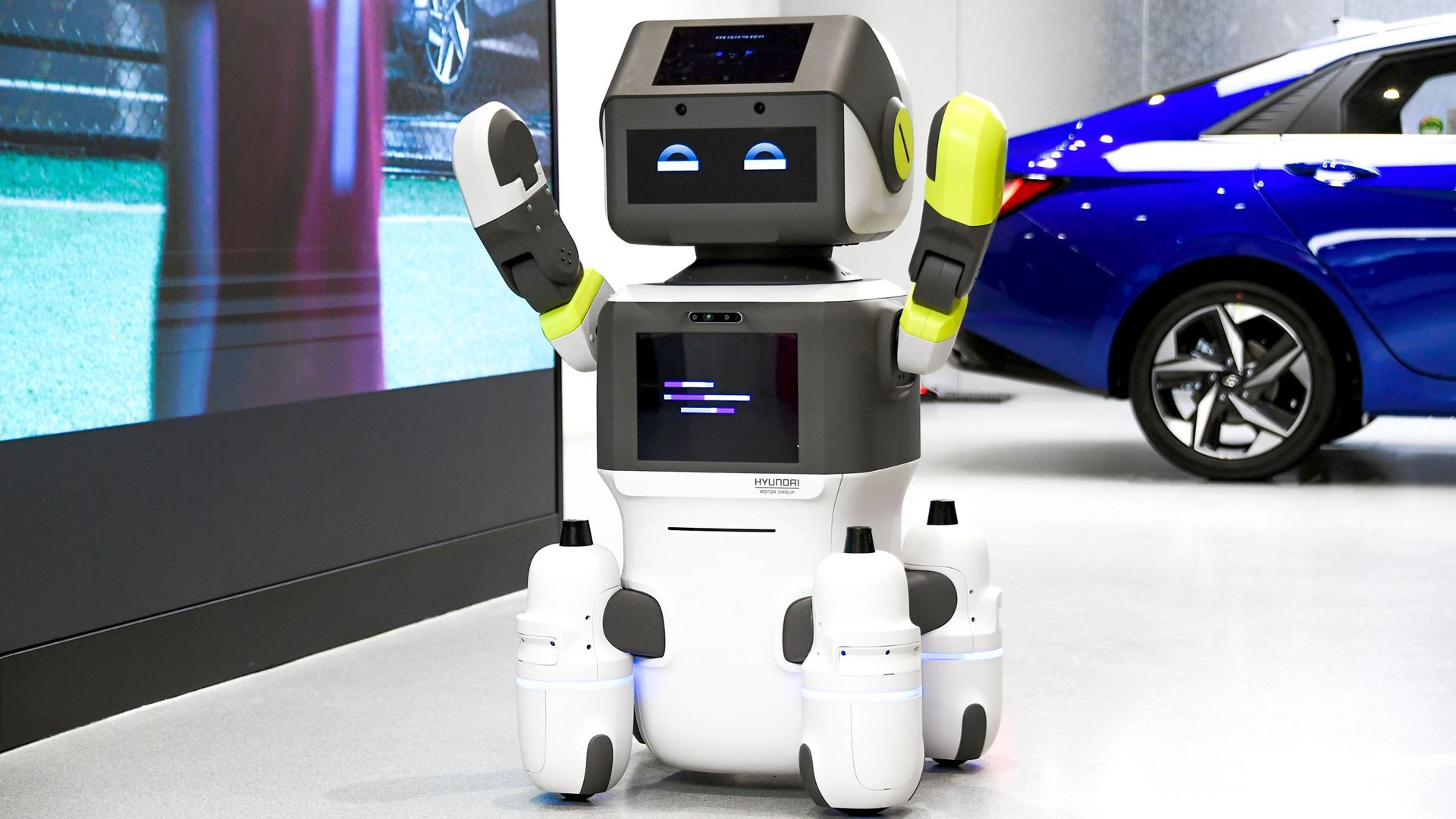 Hyundai Motor Group Introduces Advanced Humanoid Robot 'DAL-e' for Automated Customer Services - Image 6