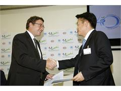 Kia Signs on to Support World Environment Day 2012