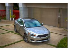 Overseas Premiere for Upgraded Kia Cadenza at Detroit Show