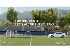 LA SUPERMODELO ADRIANA LIMA Y KIA MOTORS AMERICA ENTUSIASMAN A LOS FANATICOS DEL FUTBOL EN UNA SERIE DE  COMERCIALES DURANTE LA CELEBRACION DE LA COPA MUNDIAL FIFA 2014™ EN BRASIL