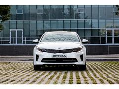 Kia Optima and Sedona win Hispanic Motor Press Awards®