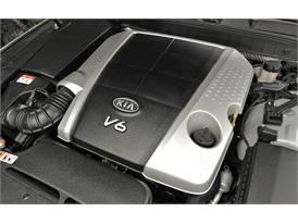 Kia Quoris (Engine)